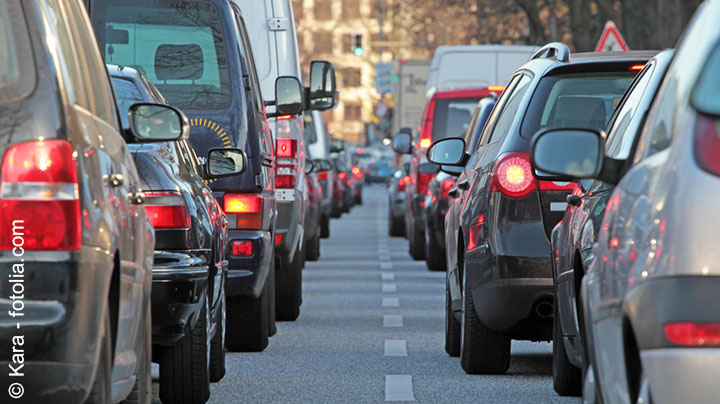 Doppelte Haushaltsführung – Fahrt zur Arbeit muss länger als eine Stunde dauern