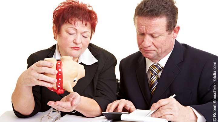 Rentenerhöhung 2018 – 54.000 Rentner müssen jetzt Steuern zahlen